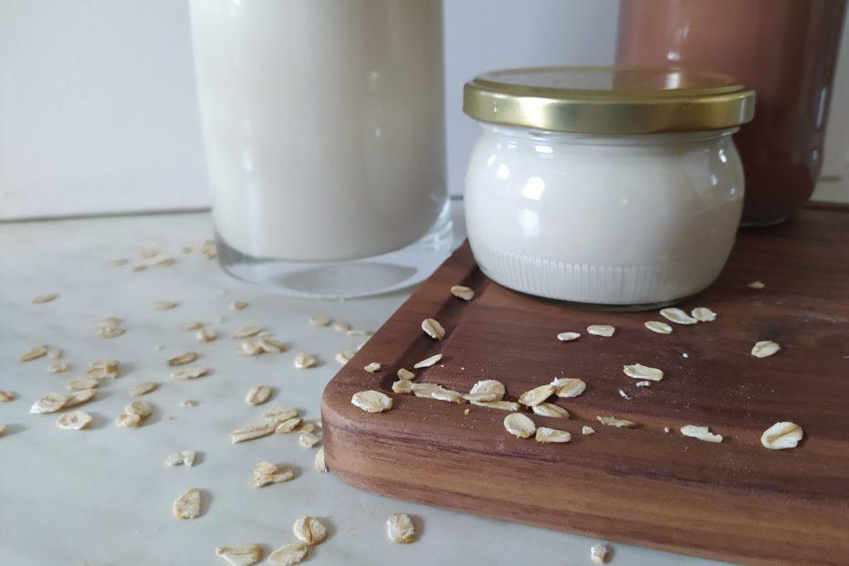 Beitragsbild Hafermilch, Kakao und Sahne